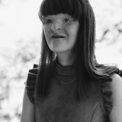 Picture of the author Sophie Trist in black and white